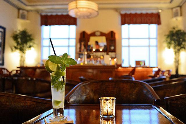 Basil Champagne Mojito at Blues Bar at National Hotel