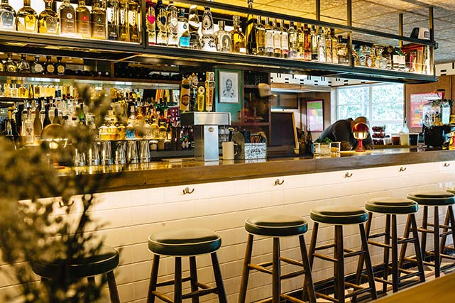 Lolos Surf Cantina Bar Sobe Miami