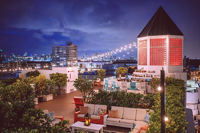 The Cape at Townhouse Hotel Rooftop Bar