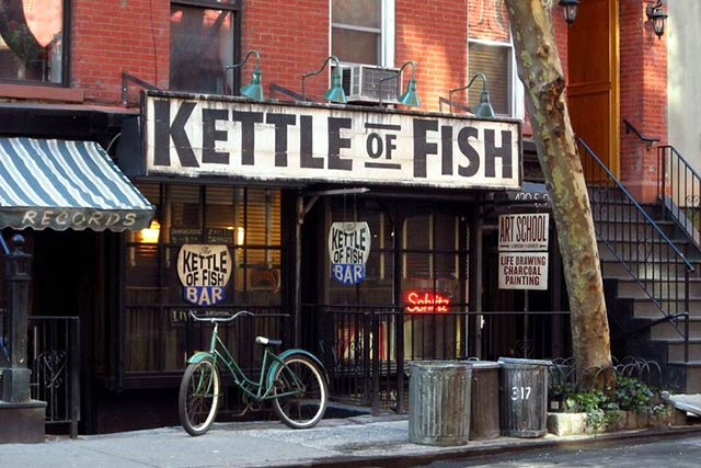 Kettle of Fish NYC Green Bay Packer's Bar