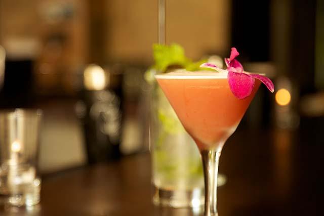 Pearl Cocktail at Pearl Dragon