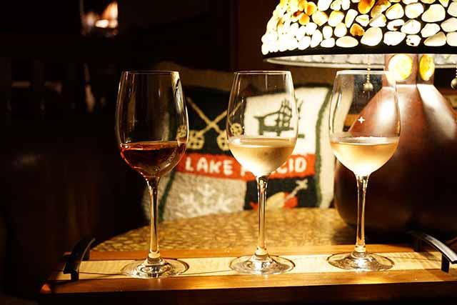 Mirror Lake Inn wine flight