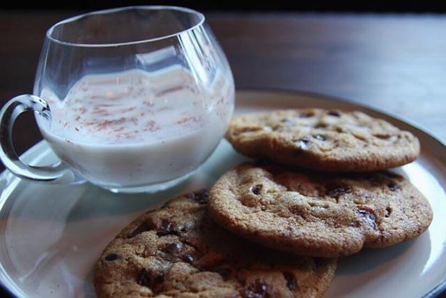 Milk'n Cookies - Westbound DTLA