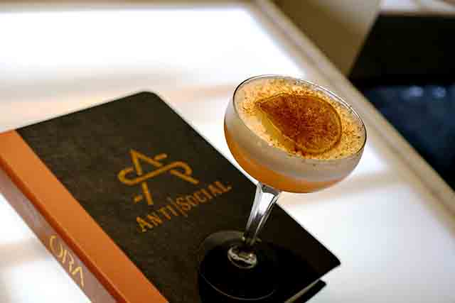 art-and-cocktail-guide-art-basel-miami-2017-cocktails-antisocial-aperol-to-blame-31