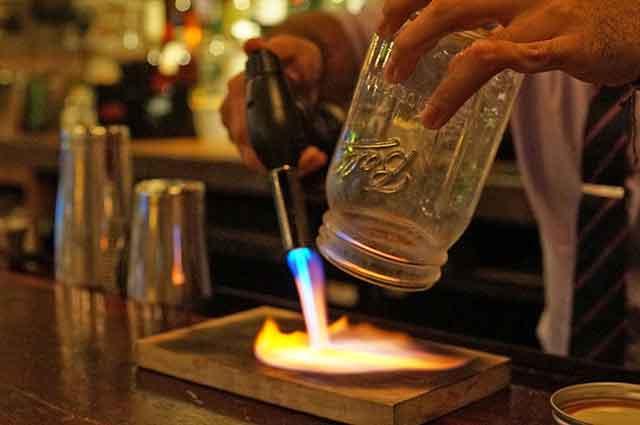 touch-of-venice-at-the-craftsman-miami-dr.-dizz-venice-smoke