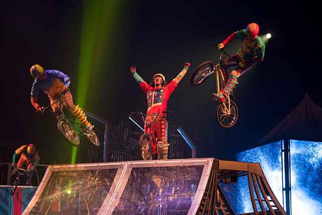 cirque-du-soleil-volta-miami--vip-experience-volta_bmx_003_photo_credit_patrice_lamoureux_costumes_zaldy
