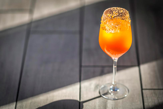 carrot-mimosa-at-olmsted