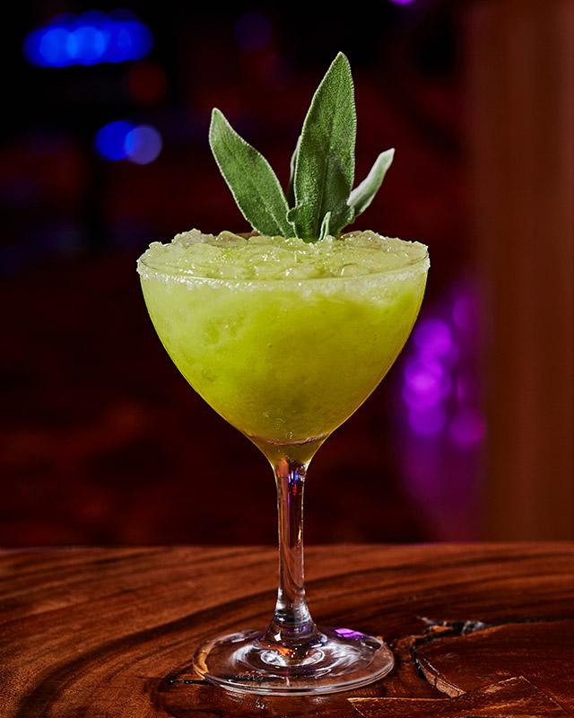 l-bar_avocado-toast_photo-credit-michael-pisarri