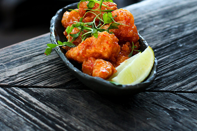 sugar-east-miamis-rooftop-bar-bang-bang-shrimp-2-cropped