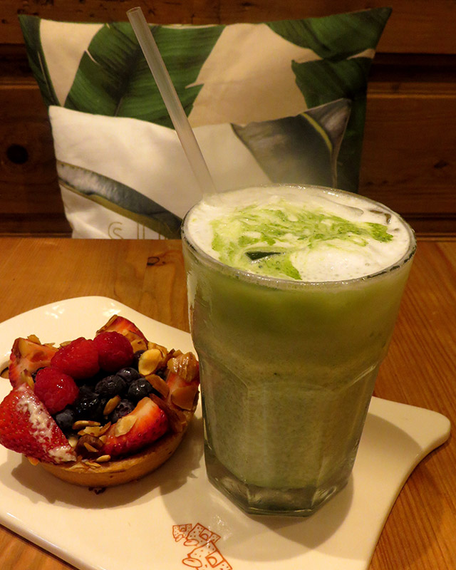 le-pain-quotidien-miami-iced-matcha-latte-1