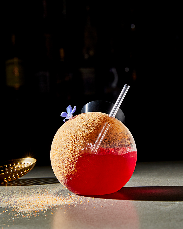 cocktails-stubborn-seed-miami-beach-stubborn-seed_desert-daisy_photo-credit-grove-bay-hospitality-group