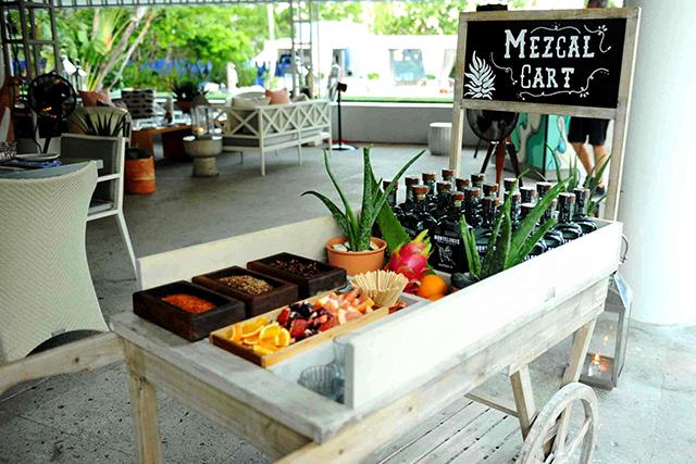 miami-spice-at-diez-y-seis-mezcal-cart