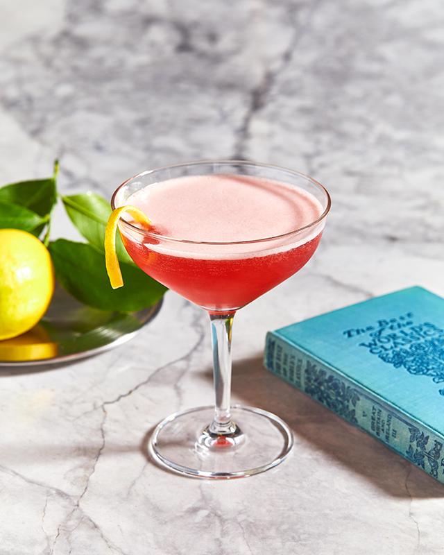 170407_slane_cocktail_theartist2-inside
