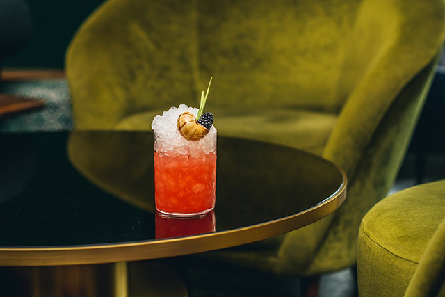 cocktails-at-dandelyan-mondrian-london-more-ducks