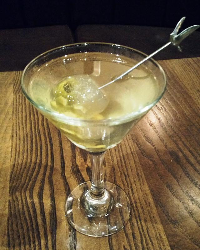 le-meridien-tampa-fl-bizou-brasserie-le-dirty-martini-1