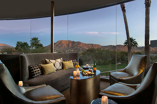 mini-vacations-with-wine-sanctuary-on-camelback-mountain-jade-bar-lounge