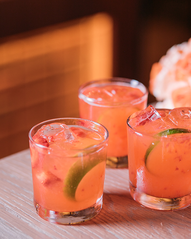 pink-strawberry-caipiroska-2