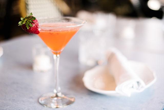 grato-wpb-strawberry-ginger-martini-2