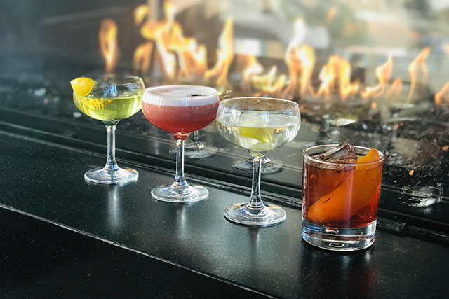 fireside-drinks_castell-rooftop-lounge