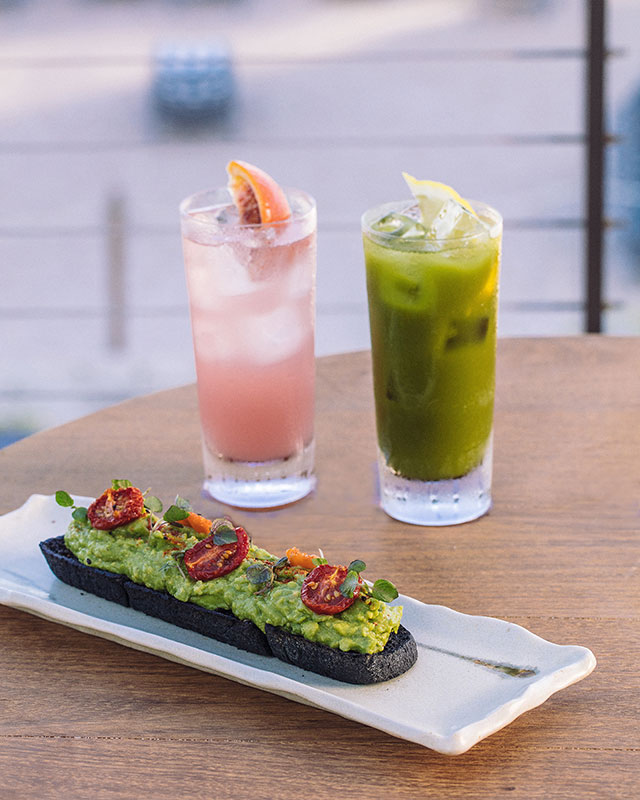 mocktails-etaru-hallandale-mocktails-with-avocadotoast-2