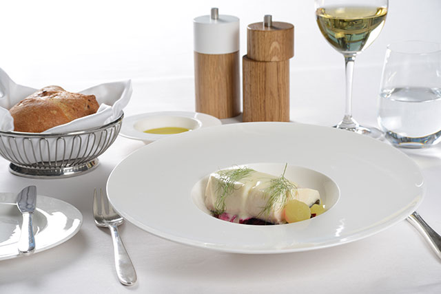 swiss-air-2013-joseph-drouhin-chablis-black-cod_beetroot-spaghetti