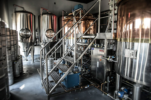 uncle-crazy-mikes-boca-inhouse-brewery