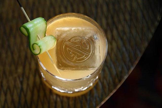 bg-cocktail-orange