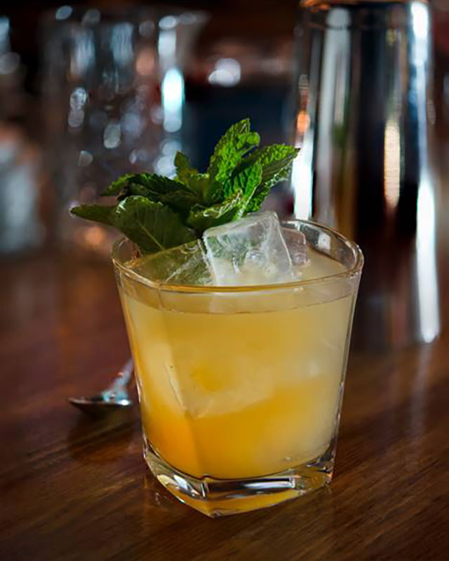 longacre-whiskey-smash