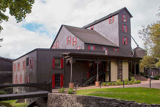 makers_mark_distillery_1200x630