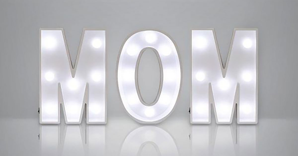 mom-featured