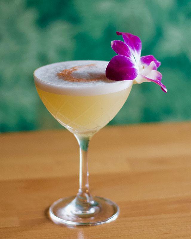 springtime-drinks-miami-katie_s-flower-shop-sweet-liberty