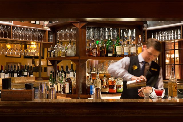 the-driskell-bar--austin-driskill-bar-drink-mixing_credit-the-driskill