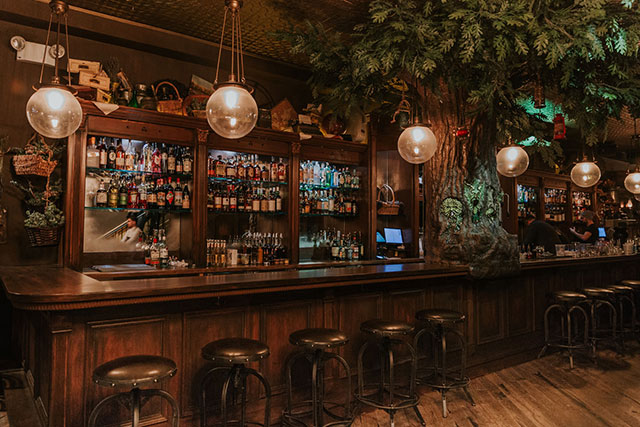 Groovy The Cauldron On Nycs Stone Street Is A Laboratory Of Theyellowbook Wood Chair Design Ideas Theyellowbookinfo